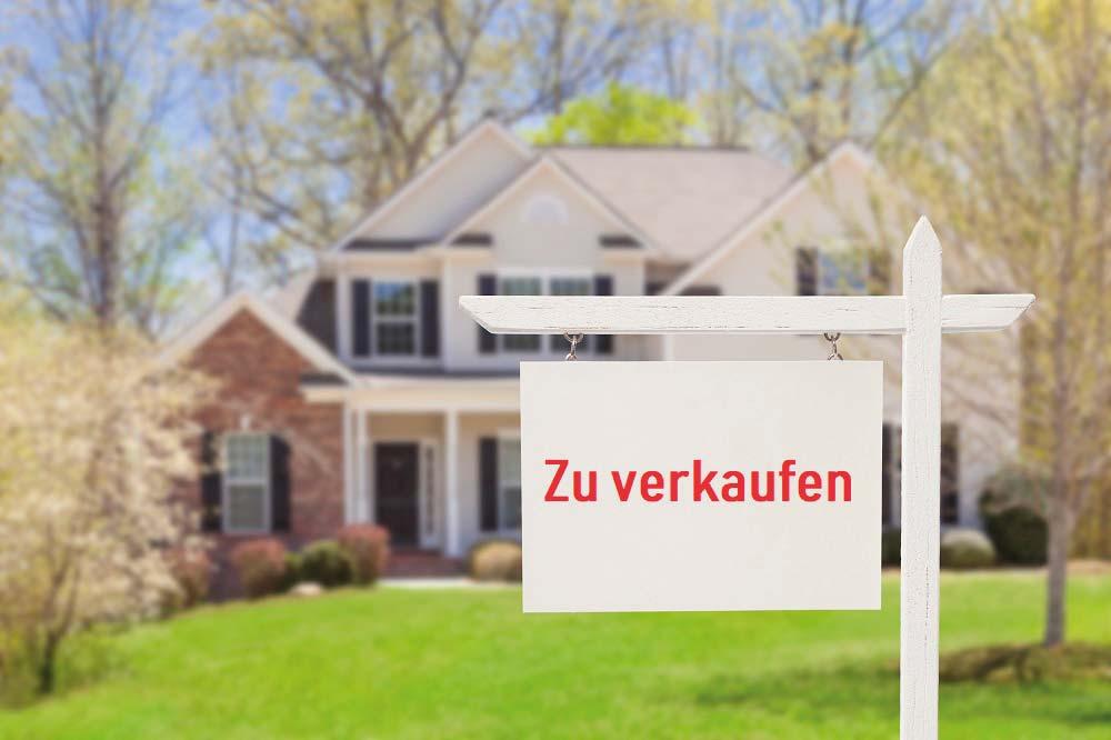 https://berlinso-immo.de/wp-content/uploads/2019/05/iStock-177722838_Haus_verkaufen_klein.jpg